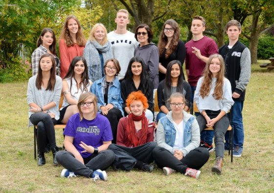 absolventinnen_2016-17_8AG